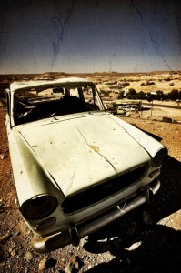 old-car-coober-pedy